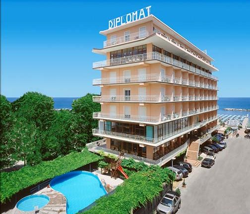 Grand Hotel Diplomat (Cattolica, Italia) Htls.it